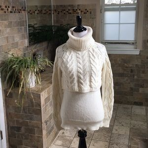 Elizabeth and James sweater xs